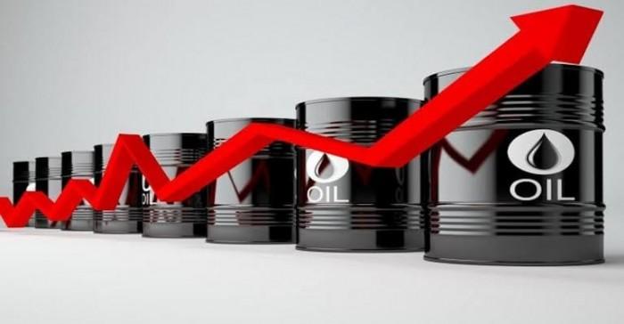 عقب هجمات أرامكو.. النفط يقفز 7% متجهآ لتحقيق أكبر مكسب أسبوعي خلال أشهر