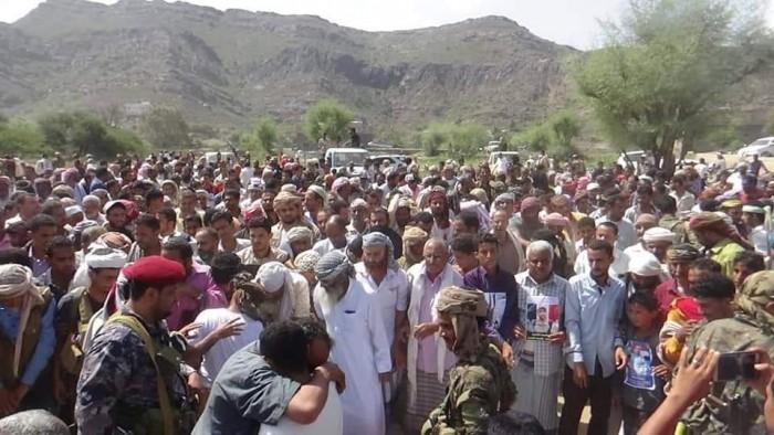 تشيع مهيب لجنازة مدير أمن ميناء المعلا بمحافظة الضالع (صور)