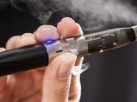 مطالبات رسمية أمريكية بحظر السجائر الإلكترونية فورا