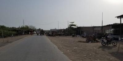 قصف حوثي مدفعي على منطقة الطور بالحديدة