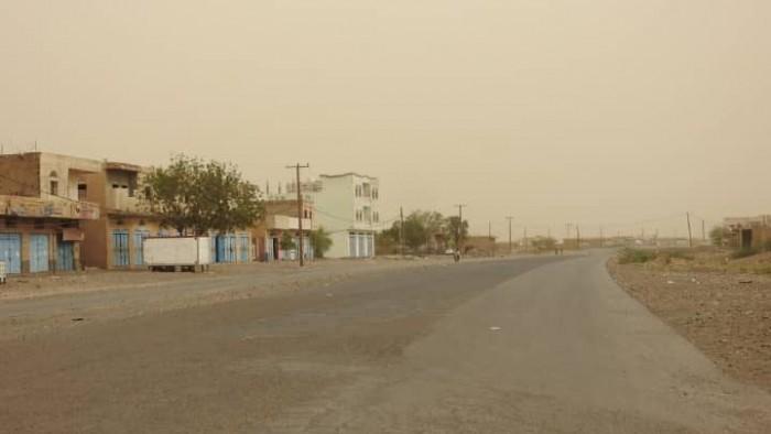 مليشيات الحوثي تستحدث مواقع جديدة شرق حيس