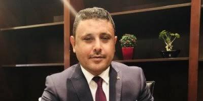 """اليافعي يتفاعل مع هاشتاج """"معا لمنع تصدير نفط حضرموت"""""""