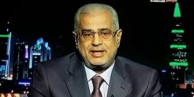 لقور: التعاون بين الشرعية والحوثي أصبح علنًا