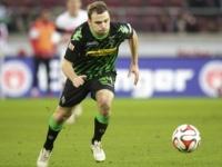 إصابة يانتشكه مدافع جلادباخ خلال مباراة فريقه أمام دوسلدورف