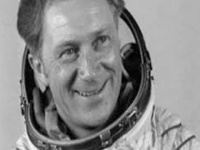 وفاة أول رائد فضاء ألماني عن عمر ناهز 28 عامًا