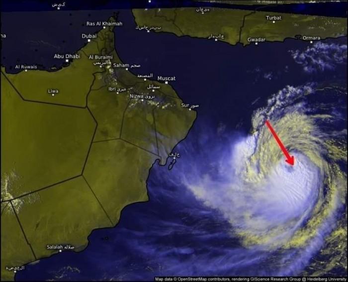 غرفة الأرصاد: تحول المنخفض المداري في بحر العرب إلى عاصفة مدارية عميقة