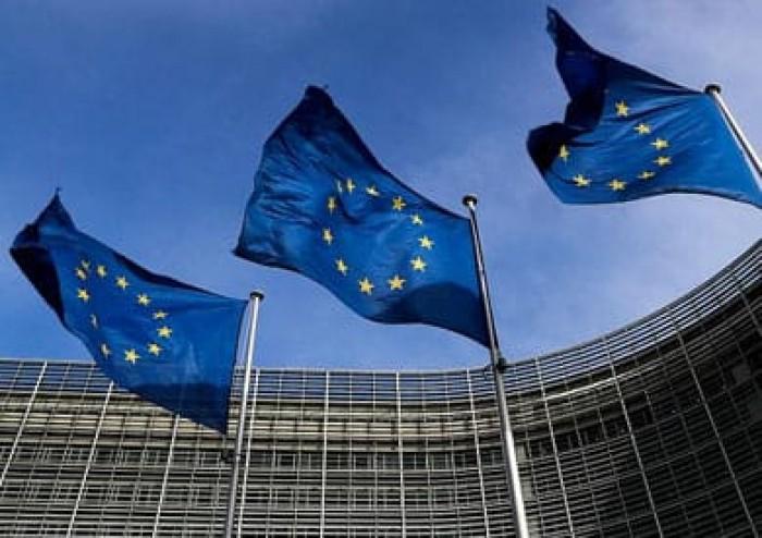 5 دول أوروبية توافق على استقبال المهاجرين الناجين من الغرق
