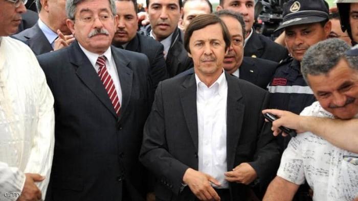 """القضاء الجزائري يقضي بسجن شقيق """"بوتفلقة"""" ومسؤولين آخرين  15 عامًا"""