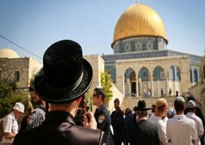 رئيس جهاز الشاباك السابق يقتحم المسجد الأقصى عبر باب المغاربة