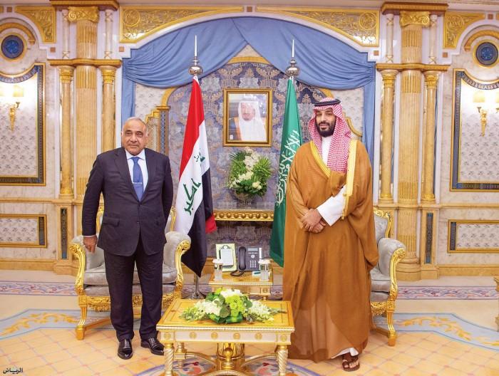 رئيس الوزراء العراقي وولي العهد يستعرضان أوجه العلاقات الثنائية