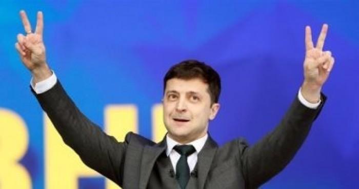نائب أوكراني يقدم طلبا رسميا لإصدار نصا مكتوبا لمكالمة الرئيس مع ترامب