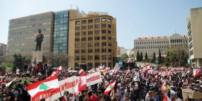 لبنان تشهد أزمة دولارية تطال قطاع المحروقات