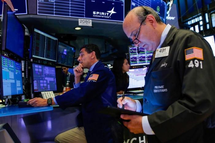 أسهم البورصة الأمريكية تغلق على تراجع