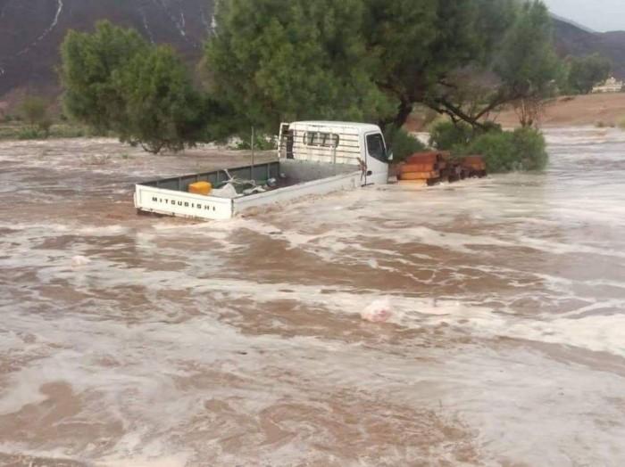 هطول أمطار غزيرة على مديريات شبوة