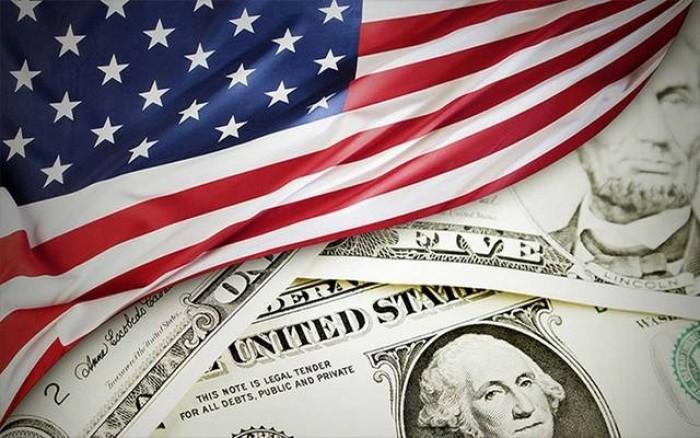 الاقتصاد الأمريكي يفقد قوة الدفع مع استمرار التوترات التجارية