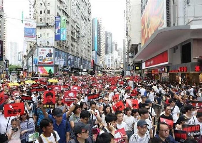 الصين: شرطة مكافحة الشغب تعتقل عشرات المحتجين في هونج كونج