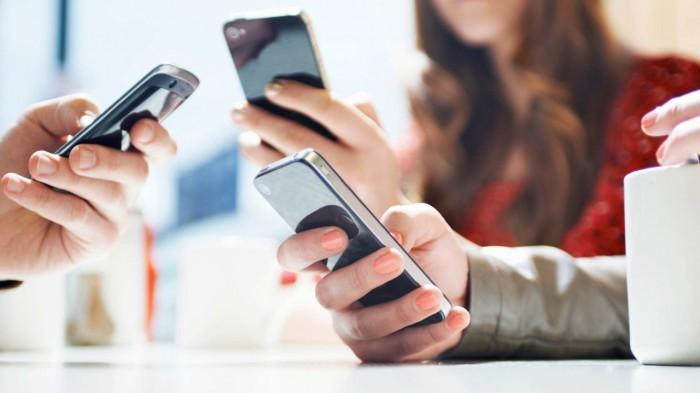 مواقع التواصل الاجتماعي تؤثر سلباً على صحة المرأة