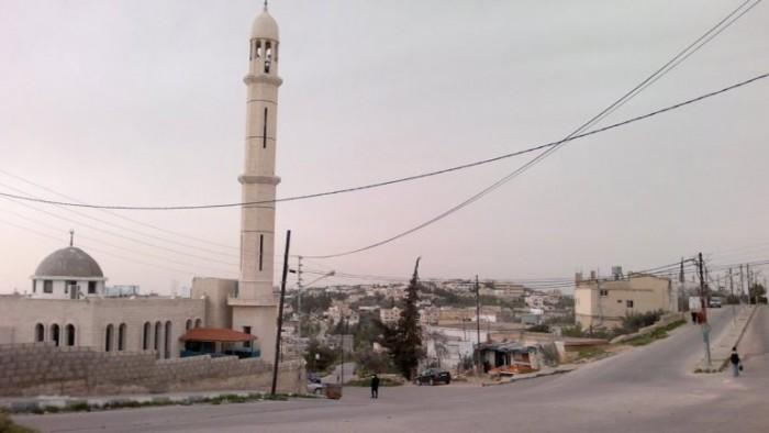 لحظة وفاة مؤذن بأحد مساجد الأردن (فيديو)