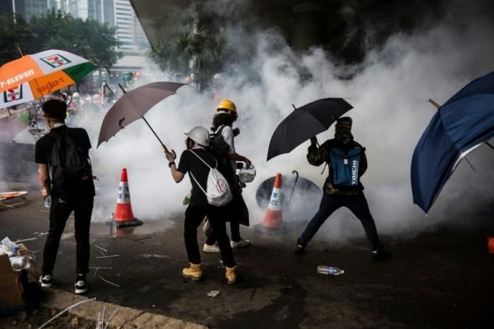 شرطة هونغ كونغ تتوقع مزيدًا من أعمال العنف بالذكرى الـ70 لتأسيس الصين