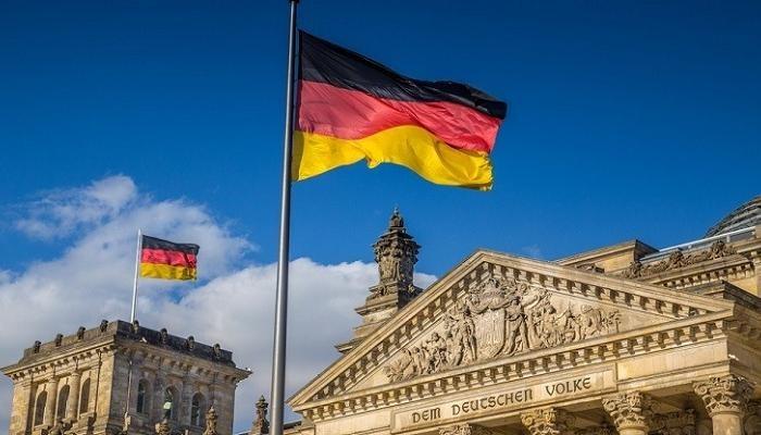 """برلمانية ألمانية تقترح إجراء """"تعقب إلكتروني"""" لليمين المتطرف"""