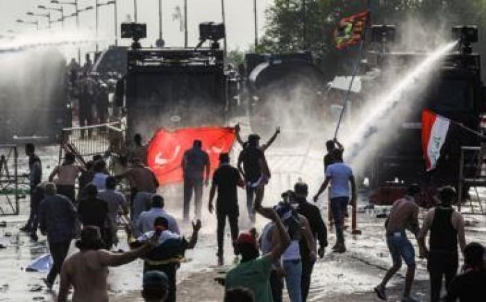 المتظاهرون في بغداد يرفضون إخلاء ساحة الطيران