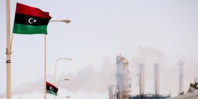 تراجع إنتاج النفط الليبي بسبب الأوضاع السياسية والاستثمارية المتخبطة