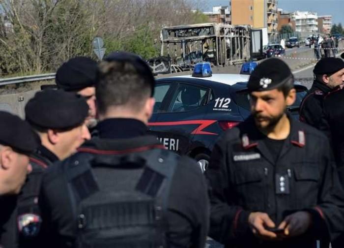 سلطات ميلانو تعيد 1000 مهاجرًا غير شرعيًا إلى بلادهم