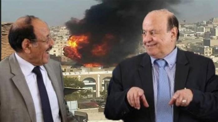 """نشطاء وسياسيون خليجيون وجنوبيون يطلقون هاشتاج """"يرحل هادي وتسقط شرعيته"""""""