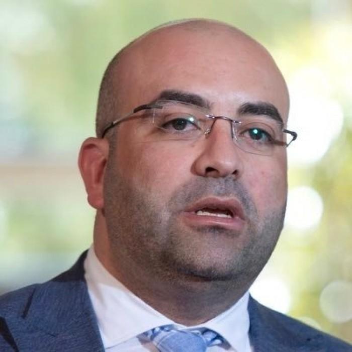 إعلامي سوري: إيران دمرت العراق ونهبت ثرواته