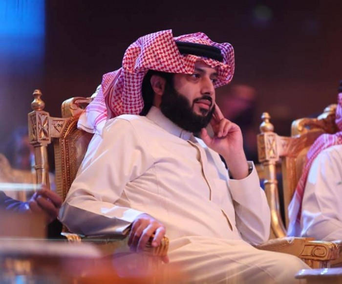 """بسبب وعكة صحية.. آل الشيخ يؤجل الإعلان عن تفاصيل """"موسم الرياض"""""""