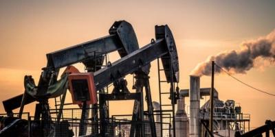 وسط تخوف التجار من المستقبل.. أسعار النفط تنزف من جديد