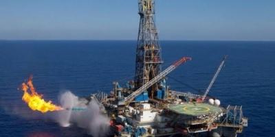 سلطنة عمان ترفع حجم صادراتها من النفط إلى اليابان وكوريا وتخفضها مع الصين والهند