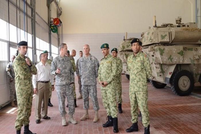 الكويت وأمريكا تبحثان تعزيز التعاون العسكرى المشترك