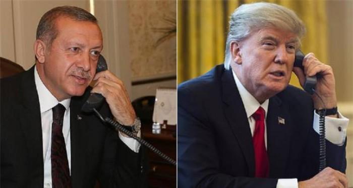 مسؤول أمريكي: مارك إسبر شارك في مكالمة بين ترامب وأردوغان