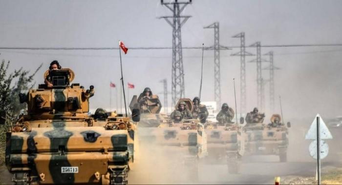 وزير الدفاع التركي: مستمرون في الاستعدادات للعملية العسكرية شمال سوريا