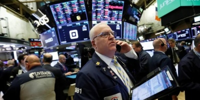 """بورصة """"وول ستريت"""" ترتفع بدعم آمال التجارة"""