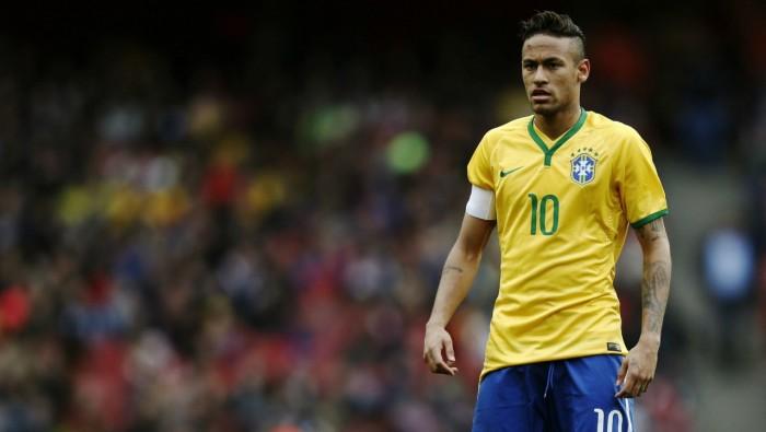 اتحاد الكرة البرازيلي يكرم نيمار قبل مباراته الدولية المئة
