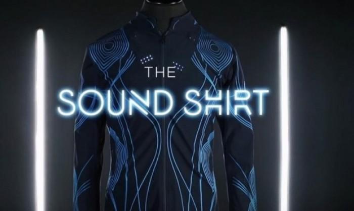 """""""قميص الصوت"""" تقنية بريطانية تساعد الصم على الاستمتاع بالموسيقى"""