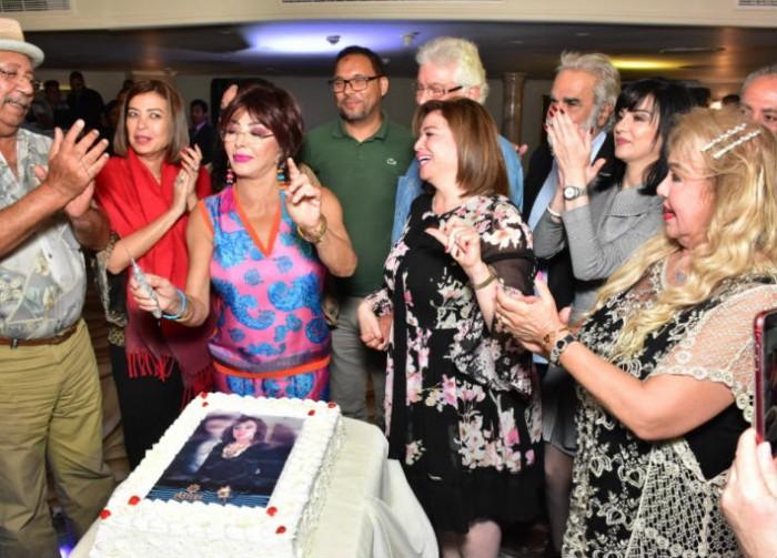 تكريم نبيلة عبيد ونجوم سوريا على هامش الإسكندرية السينمائي (صور)