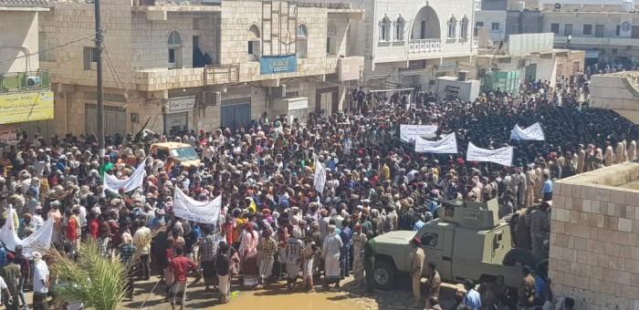 متضمنًا 6 مطالب.. ننشر بيان الحشد الجماهيري لأبناء سقطرى اليوم الخميس