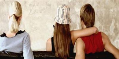دراسة تكشف.. الخيانة الزوجية ترتبط بطبيعة المهنة