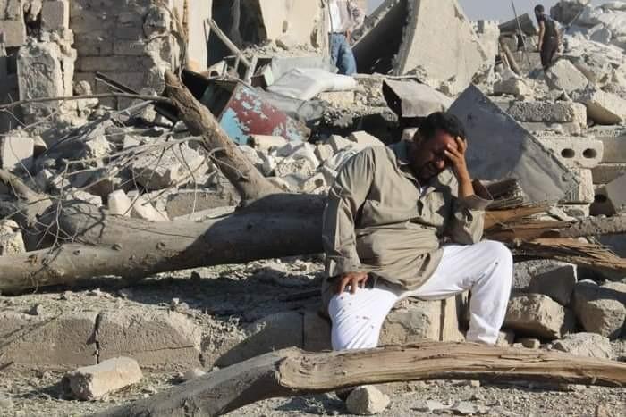 جرائم الحوثي تقود اليمن إلى قاع الفقر على مستوى العالم (ملف)