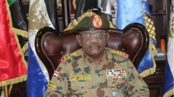 مسؤول: القوات المسلحة استطاعت العبور بالسودان إلى بر الأمان