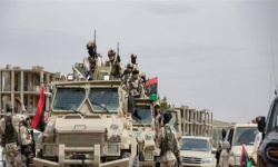 الجيش الوطني الليبي يدفع بتعزيزات عسكرية نحو طرابلس