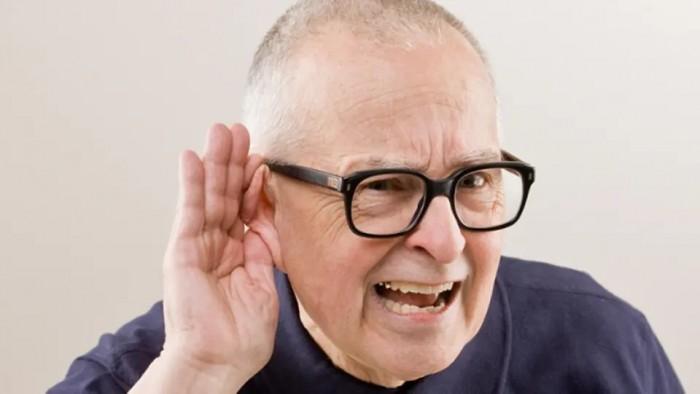 6 نصائح تجنب كبار السن فقدان السمع