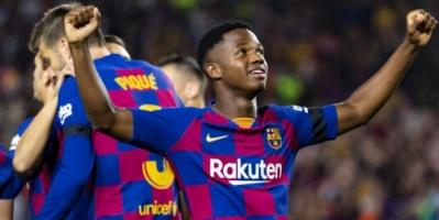 برشلونة يسعى لتحصين نجمه الشاب بعقد جديد