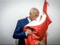 خادم الحرمين الشريفين يهنئ الرئيس التونسي الجديد بنيل ثقة شعبه