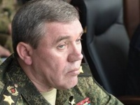 رئيس الأركان الروسي يتصل هاتفيا بنظيره الأمريكي