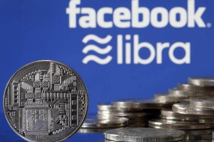 """مطالبات بعدم إطلاق """"عملة فيسبوك"""".. خطر على النظام المالي"""