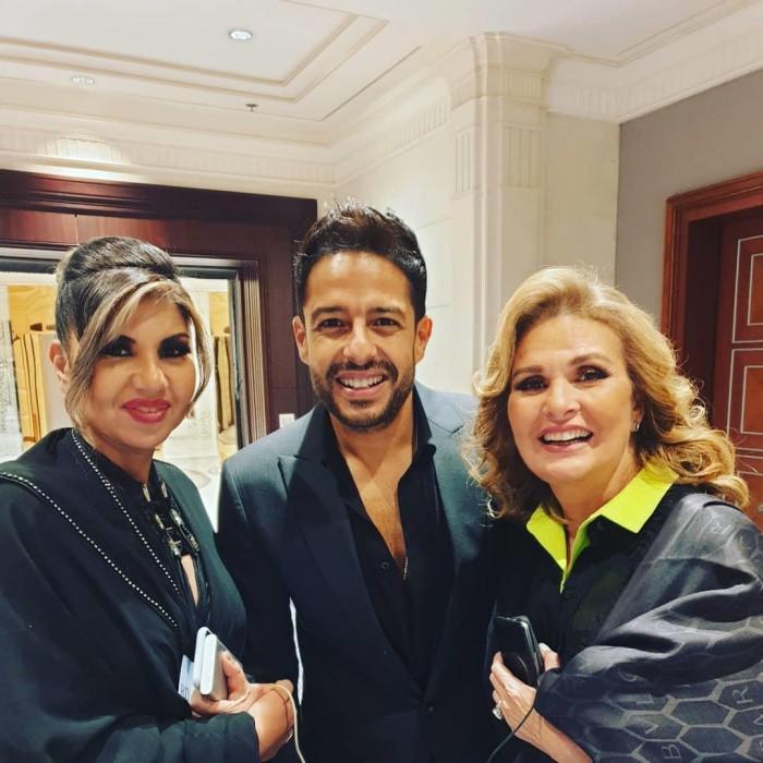 بالصور.. بوسي شلبي تشارك جمهورها كواليس حفل Joy Awards